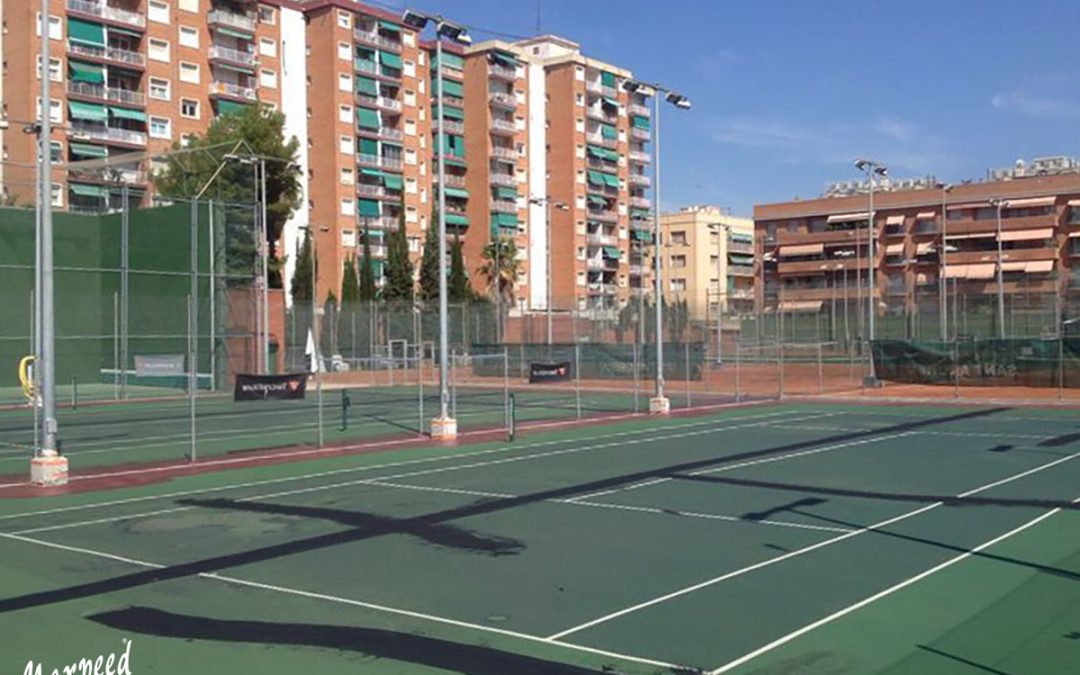 Re-surfacing pistas de tenis Club Natació Sant Andreu