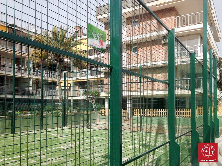 Contrucción de una pista de pádel MX150 en Castelldefels