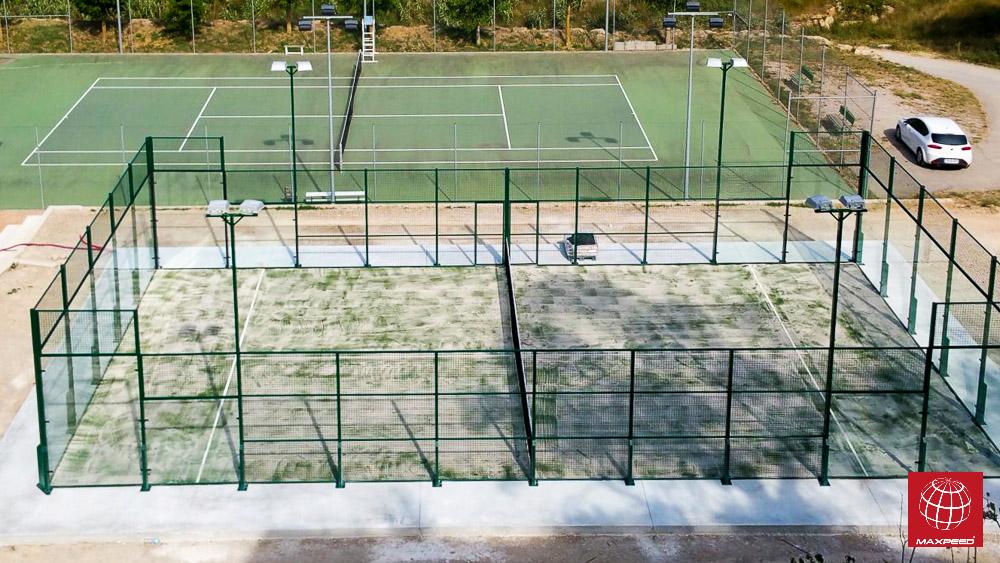 Construcción de pista de pádel en Club de Tennis de Castellfollit de Riubregós