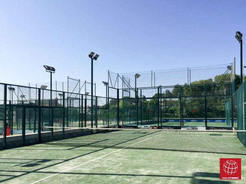 Cambio de césped en el CT Lleida