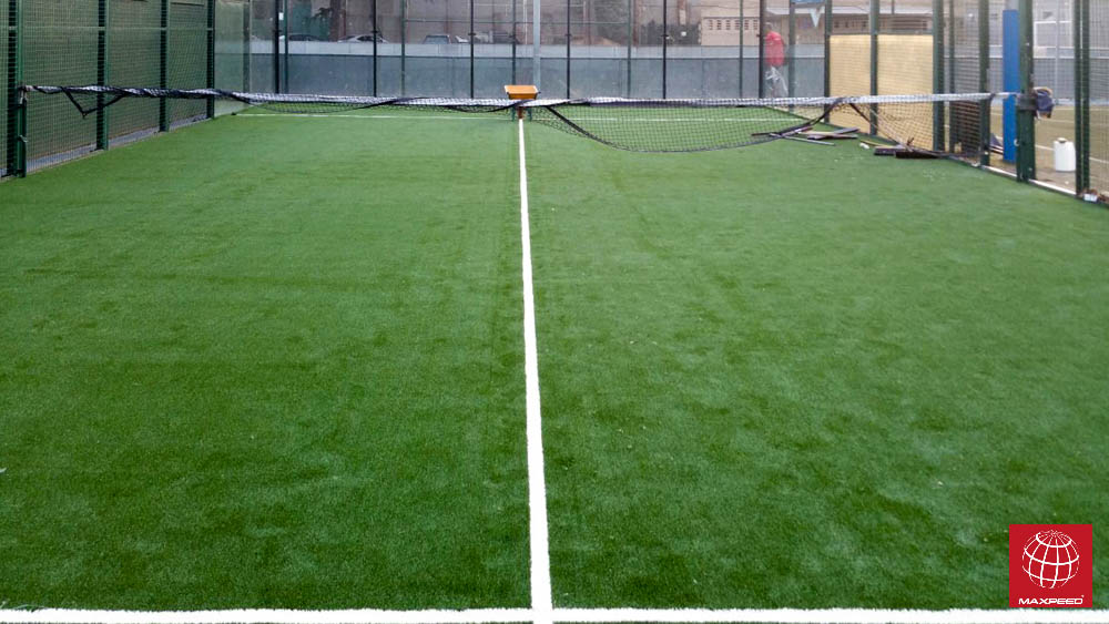 Renovación de césped en el Club Esportiu Laietà
