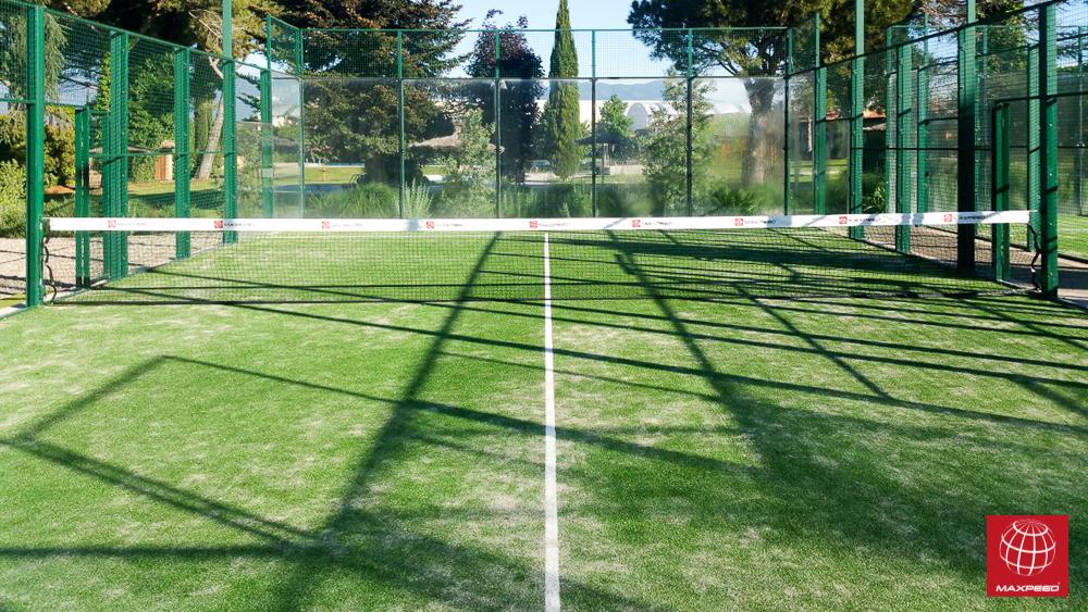 Instalación de nuevo césped en Catalunya Tennis Resort