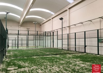 maxpeed-renovacion-cesped-padel-indoor-reus-4