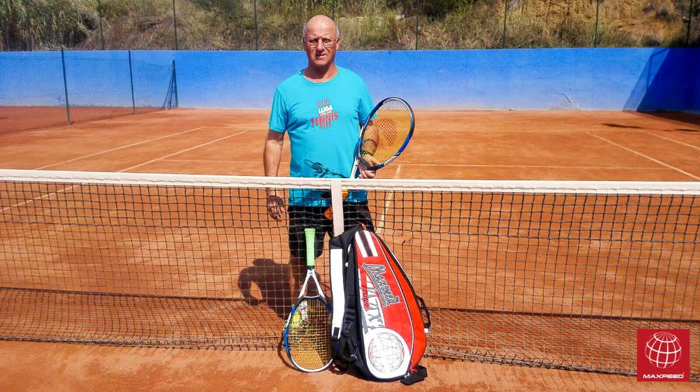 Agustín Murcia renueva su material de tenis Maxpeed