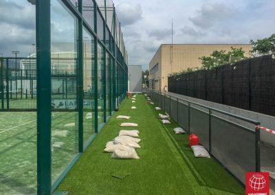 maxpeed-instalacion-cesped-decorativo-club-esportiu-gran-via-mar-castelldefels-008