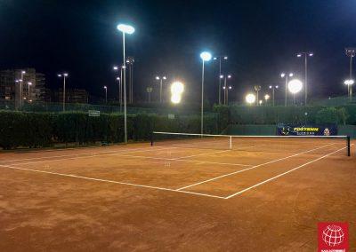 maxpeed-instalacion-iluminacion-led-proyector-proluxe-M-350-real-club-polo-barcelona002