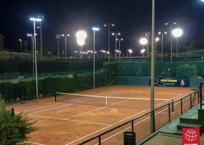 maxpeed-instalacion-iluminacion-led-proyector-proluxe-M-350-real-club-polo-barcelona004