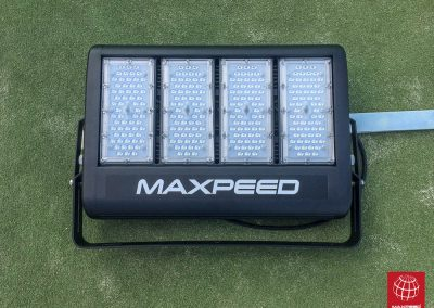 maxpeed-instalacion-iluminacion-led-proyector-proluxe-s-200-club-tennis-tarragona-005