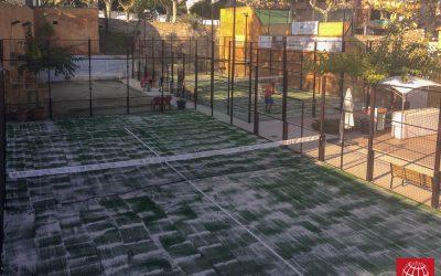 Padel Sant Jaume renueva el césped de dos pistas de pádel