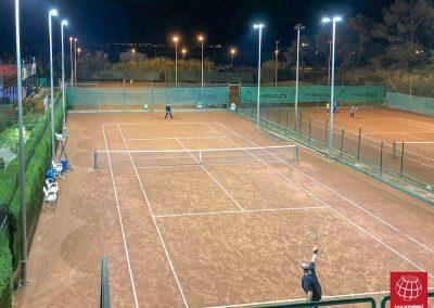maxpeed-instalacion-proyectores-led-pista-tenis-club-tennis-malgrat--006
