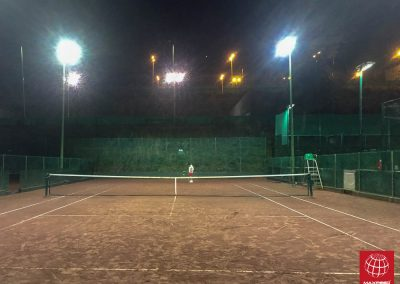 maxpeed-instalacion-proyectores-led-pista-tenis-vall-parc--004
