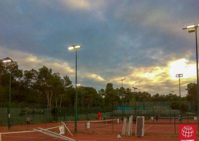 maxpeed-instalacion-proyectores-led-pistas-tenis-club-tennis-natacio-sant-cugat--012
