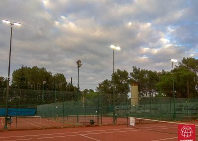 maxpeed-instalacion-proyectores-led-pistas-tenis-club-tennis-natacio-sant-cugat--013