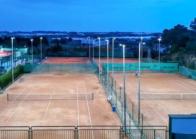 maxpeed-instalacion-proyectores-led-pistas-tenis-club-tennis-malgrat-008