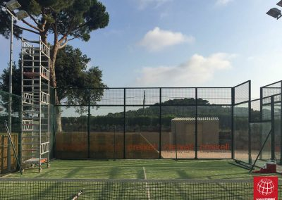 maxpeed-instalacion-red-proteccion-pistas-padel-club-tennis-costa-brava-001