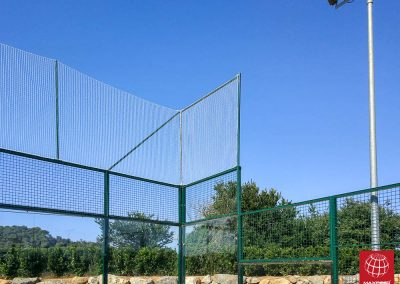 maxpeed-instalacion-red-proteccion-pistas-padel-club-tennis-costa-brava-006