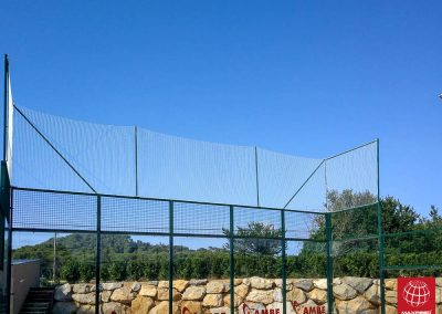 maxpeed-instalacion-red-proteccion-pistas-padel-club-tennis-costa-brava-012