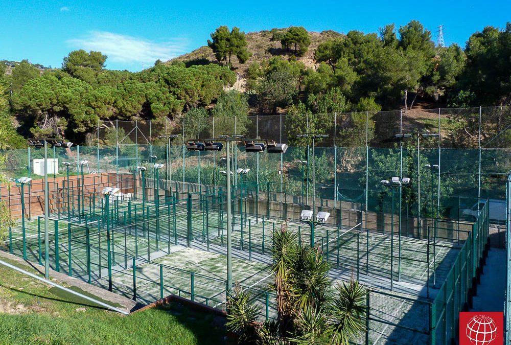 Renovación del césped de 4 pistas pádel con el exclusivo Maxpeed Poliflex Pro en Valldaura Sport
