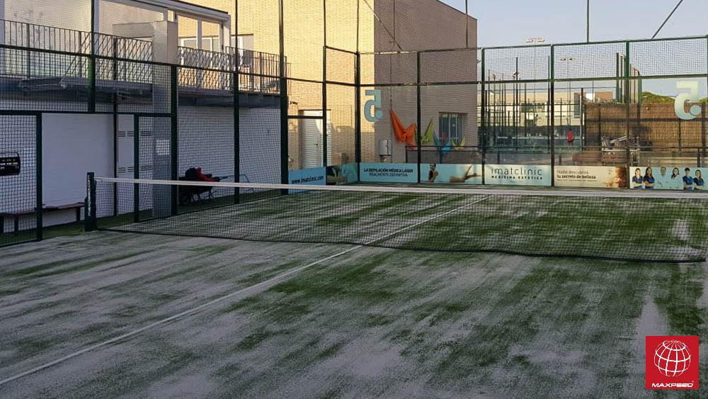 Renovación del césped en Club Esportiu Gran Via Mar
