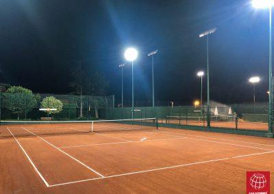 instalacion-iluminacion-led-maxpeed-by-enerluxe-pista-tenis-club-bonasport-004