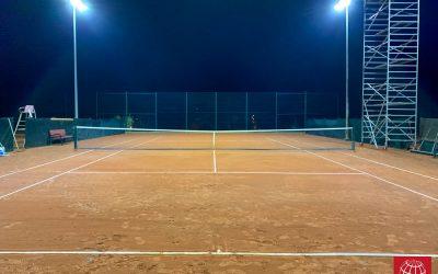 Club Tennis Sabadell instala iluminación led Maxpeed by Enerluxe en dos pistas de tenis
