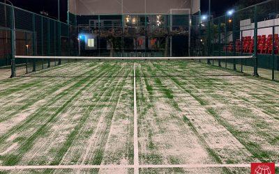Club de Tenis el Masnou elige el césped exclusivo Poliflex Pro verde de Maxpeed para la renovación de su pista de pádel