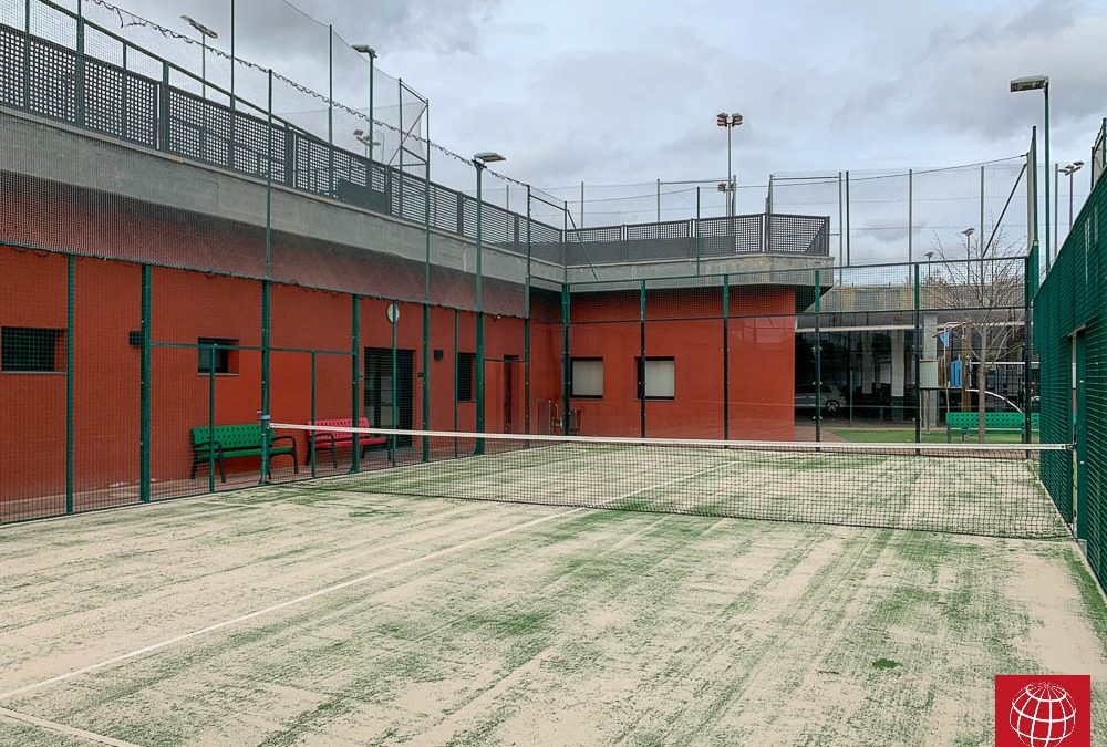 Club Tennis Sabadell confía en Maxpeed para la renovación del césped de su pista de pádel nº4