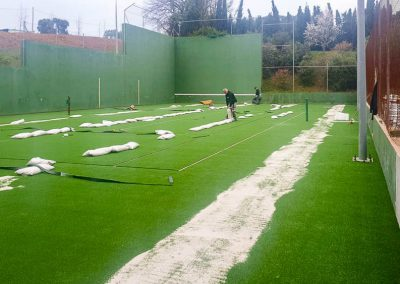 maxpeed-renovacion-cesped-pista-tenis-hotel-mas-torrent-001