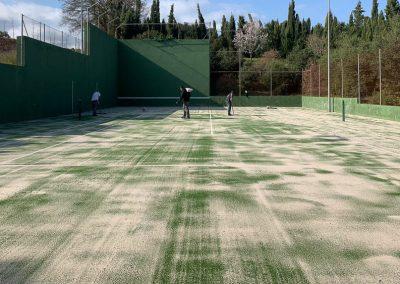 maxpeed-renovacion-cesped-pista-tenis-hotel-mas-torrent-002