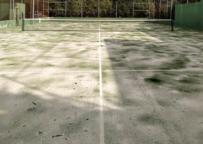maxpeed-renovacion-cesped-pista-tenis-hotel-mas-torrent-003