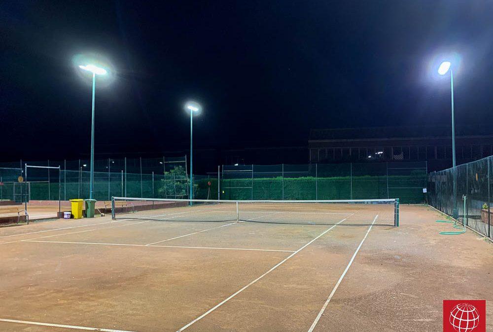 Club Tennis Cassà de la Selva instala iluminación led en todas sus pistas de tenis