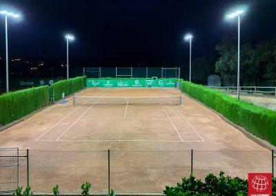 maxpeed-instalacion-iluminacion-led-pistas-tenis-club-tennis-la-bisbal-001