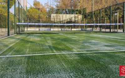 Club Padel Vilanova renueva el césped de su pista de pádel nº 2
