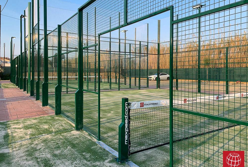 Construcción de dos nuevas pistas de pádel MX-150 Comp en Aquapadel Tennis Palafrugell