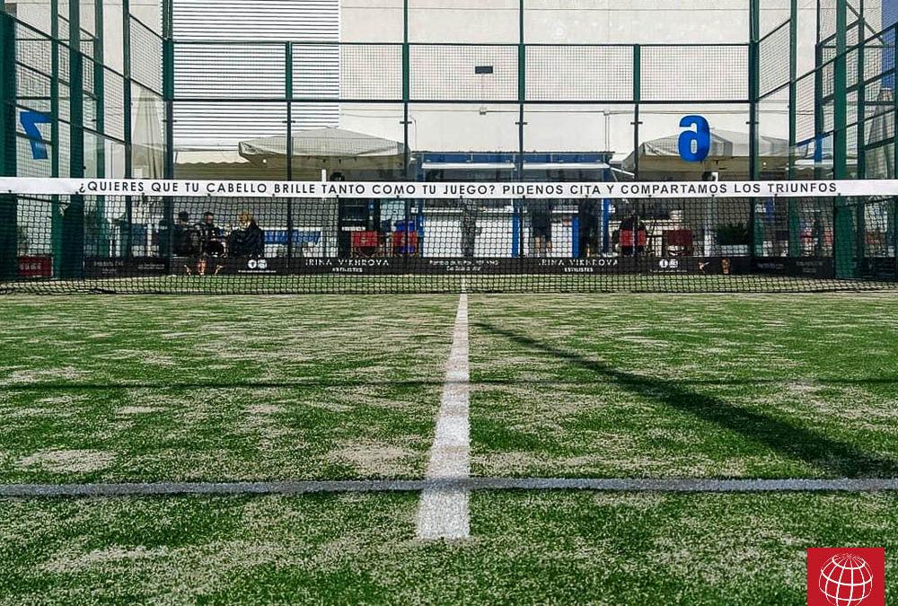 Renovación césped pista de pádel nº6 Club Padel Vilanova